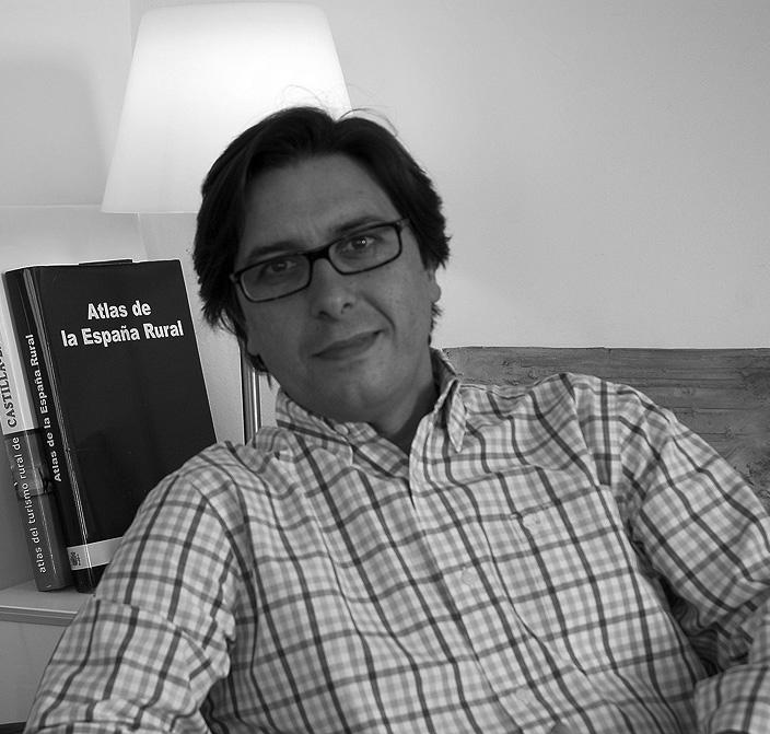 Alejandro Gómez asesor experto en turismo y hoteles rurales